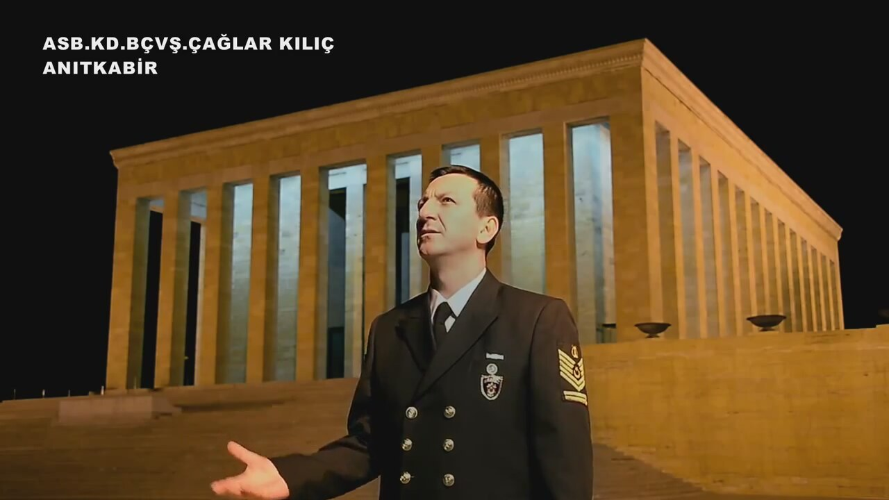 Şehit Olan Ataları İçin Torunlardan Çanakkale İçinde Türküsü